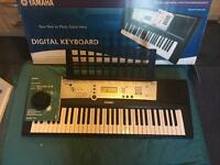 Yamaha E203 digital keyboard
