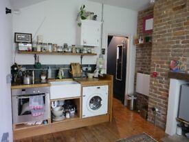 Beautiful Furnished Studio Flat *Amazing Location* Hastings, Bills Included