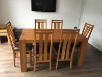 Chunky modern Solid oak Dining table with 6 matching Chairs