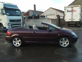 Peugeot 307cc 2.0 16v 2 Dr Convertible Cream Leather Interior Full Mot Fully Loaded Drives Great