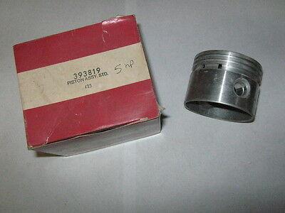 Genuine Briggs Stratton Gas Engine Piston Only New Old Stock 393819