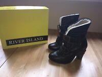 River island Shutterherit boots (Size 3)