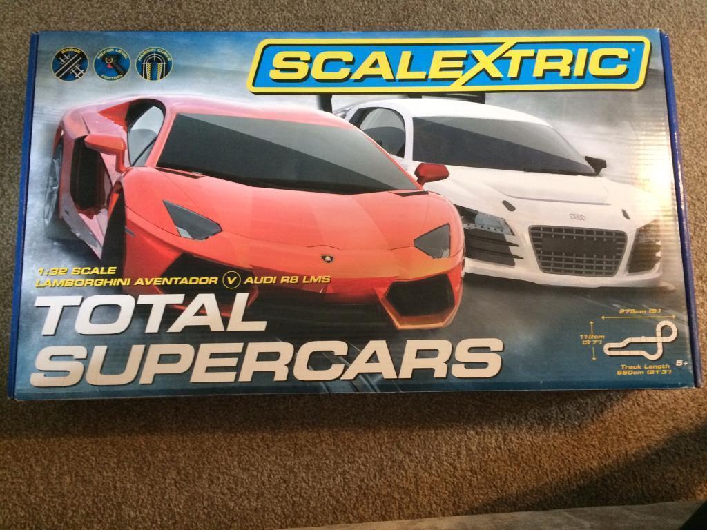 Scalextric Lamborghini and Audi R8 total super cars set