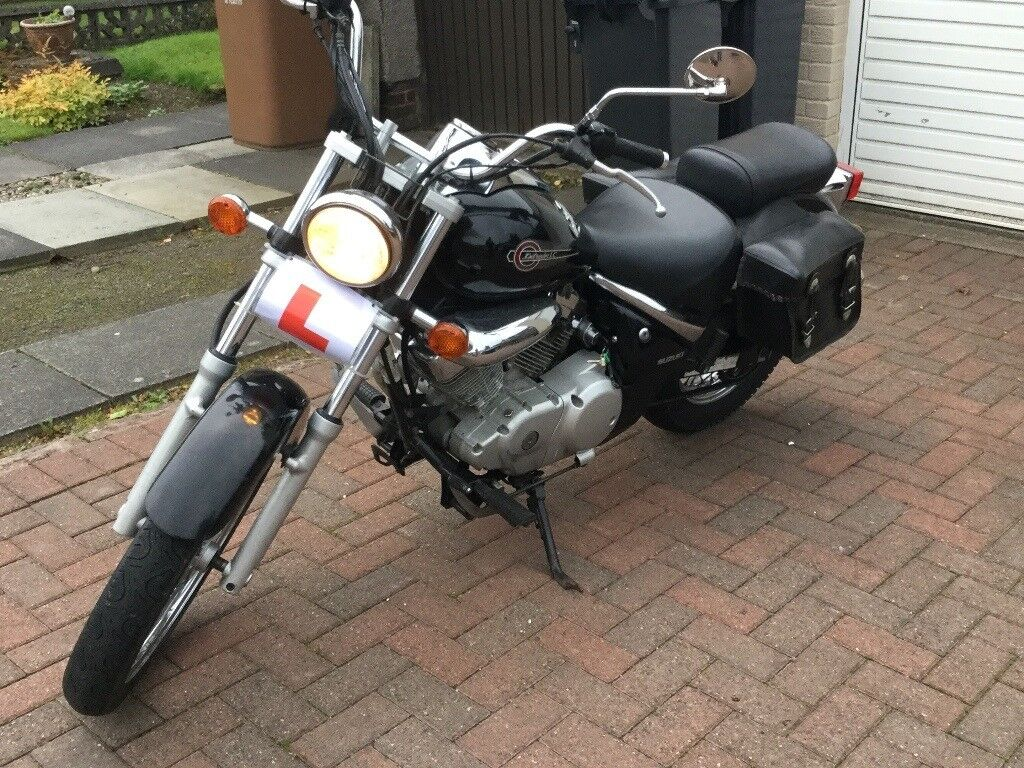 SUZUKI VL 125 FOR SALE IN GREAT CONDITION AND MOT'D AND SERVICED