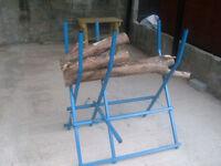 CHAINSAW LOG HORSE HOLDER