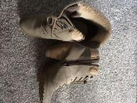 Ladies Khaki Faux Fur Ankle Boots Size 5