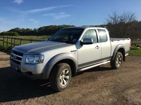 Ford Ranger 2.5 TDCI Extra Cab 4x4