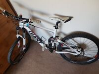 Awesome dual sus mountain bike for sale