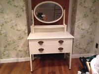 Dressing table/chest of drawers shabby chic vintage