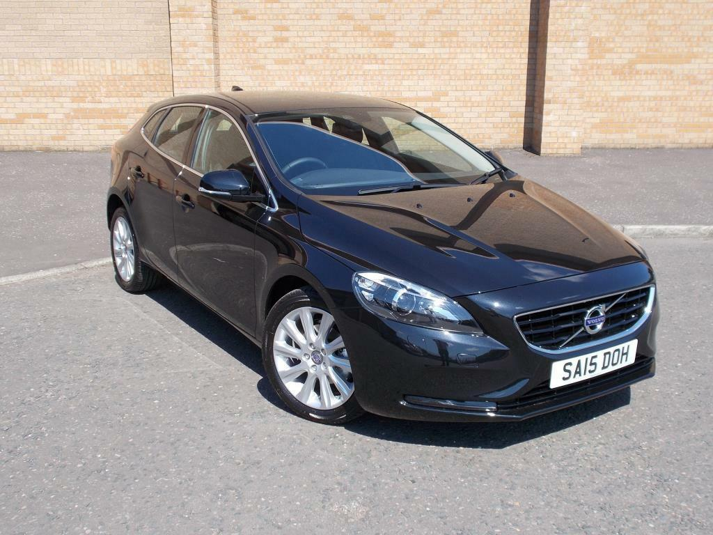 volvo v40 d2 se lux 5dr 2015 in maryhill glasgow gumtree. Black Bedroom Furniture Sets. Home Design Ideas