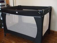 Baby travel cot / play pen.