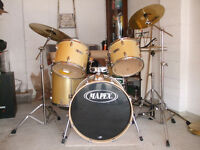 Mapex 5 Piece Drum Kit. Paiste 101 Cymbals. Complete with practice pads. Excellent Condition