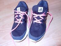 LADIES ADIDAS TRAINERS - SIZE 5