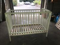 White cot. Only used for few months v good condition