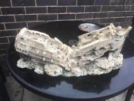 Fish tank ship wreck