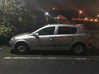 Vauxhall Astra 1.6 - 74,000 - 8 months MOT - Quick sale! Need gone!