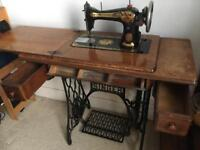 Vintage singer sewing machine / table