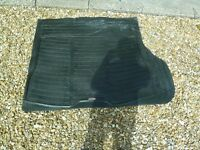 RUBBER BOOT LINER. HEAVY DUTY WILL FIT RANGEROVER P38