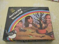 Vintage - Airfix Don't let the leaves fall game.
