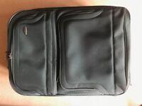 Large soft Samsonite suitcase with rigid sizes
