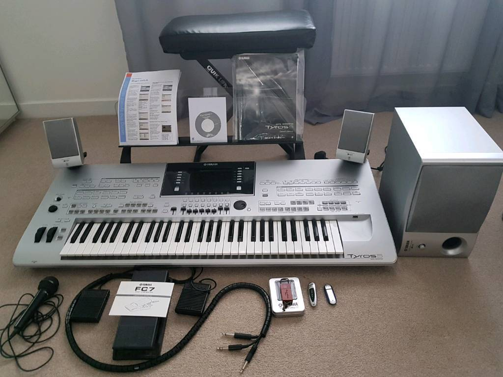 yamaha tyros 3 keyboard with t4 t5 styles euro dance pack styles in northampton. Black Bedroom Furniture Sets. Home Design Ideas