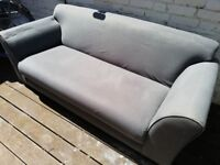 3 seater sofa, excellent condition, very comfortable £40