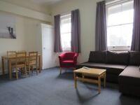 1st floor 3 Bedrooms flat with 2 Bathrooms in Earl's court