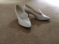 ivory silk wedding shoes size 8