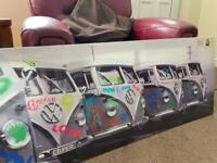 Camper van Graffiti Canvas Wall Art