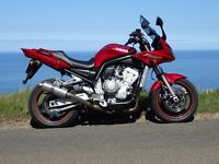 Excellent 2003 Red Yamaha Fazer 1000 possible swap