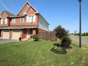 $334,900 - Townhouse for sale in Orléans