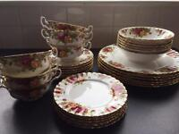 Royal Albert Country Roses Dinner Set