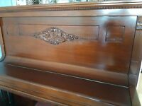 CJ Quandt - Berlin Upright Circa 1850-1920. In Excellent condition. Would need tuning. Collect only