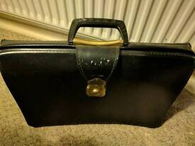 Mens Traditional Doctors Briefcase