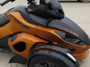 2013 can-am Spyder RS-S SM5   8,500 KMS  Only $39 weekly!  Power London Ontario image 4