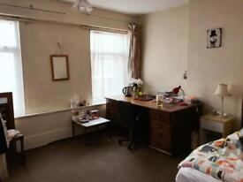 London road one room