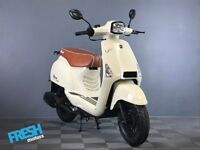Neco Lola 50 Crema White 50cc Scooter - Brand New Learner Scooter / Moped