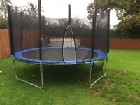12ft Trampoline &Enclosure