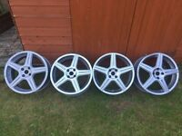 17 INCH ALLOY WHEELS PERFECT