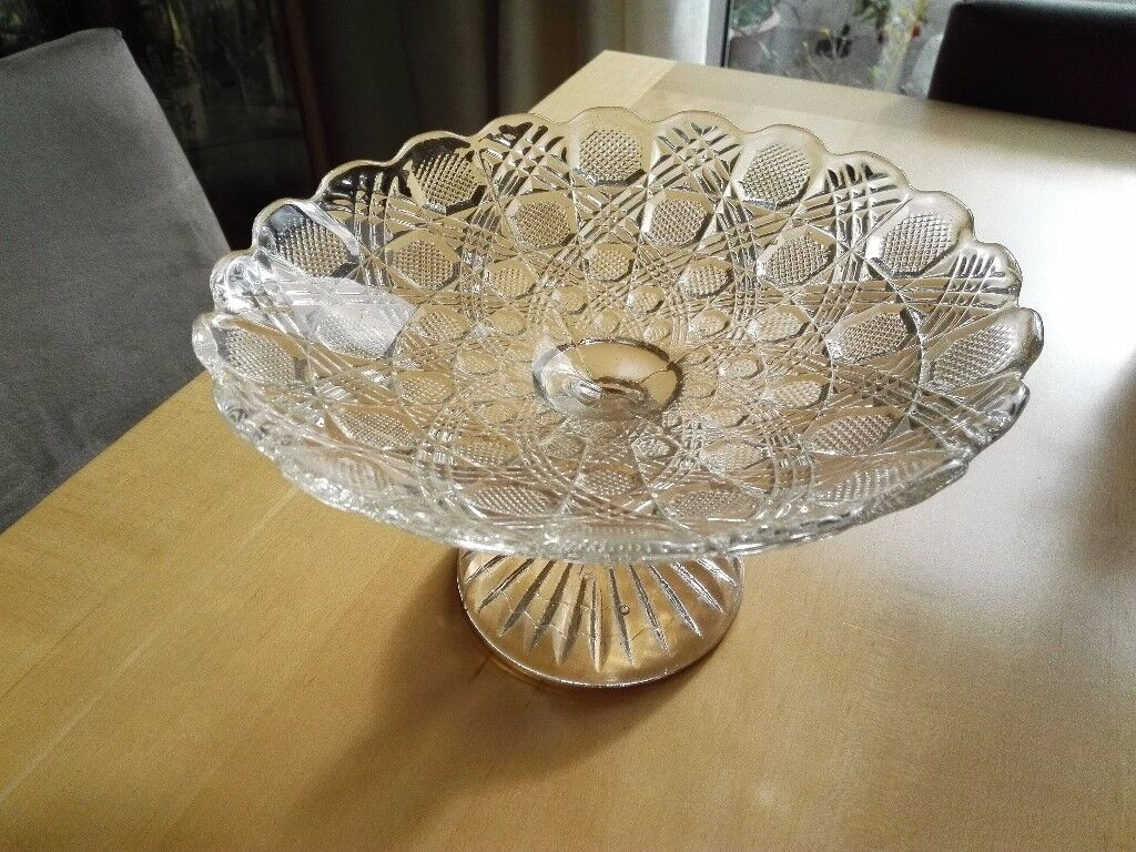 Lovley old cake stand