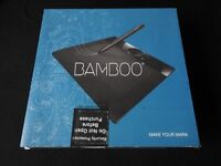 Wacom Bamboo MTE 450 Graphics Tablet