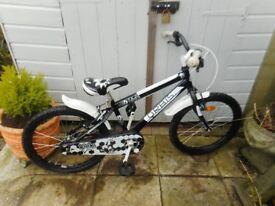 boys black and white 20 inch wheel orbis bike