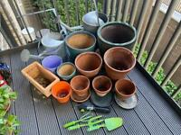 Terracotta pots / dishes / watering cans
