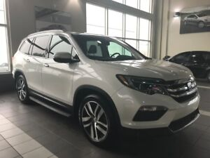 2016 Honda Pilot Touring | Navigation | Backup Camera | Six Seat