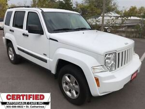 2011 Jeep Liberty Sport North ** 4X4, CRUISE, AUX. IN **