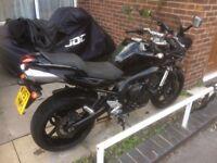 Yamaha fazer 600cc very low miles 8932