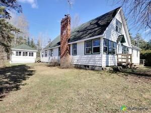 349 900$ - Maison 2 étages à vendre à Luskville