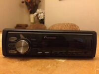Pioneer MVH-X370BT bluetooth car stereo - NEARLY NEW very good condition