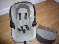 URBAN DETOUR BABY CAR SEAT/CARRIER