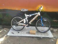 New BOSS Astro Link Men's Mountain Bike Full Suspension - 26 Inch RRP £225